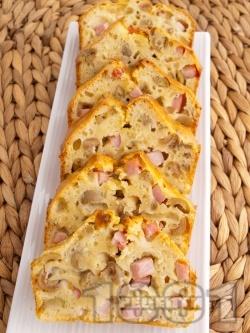 Солен кекс с шунка и зелени маслини - снимка на рецептата